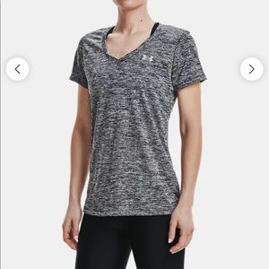 NWOT Under Armour UA Tech Twist V Neck